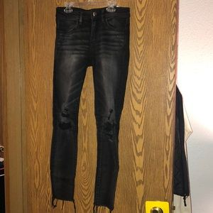 American Eagle size 2 black distressed jeans